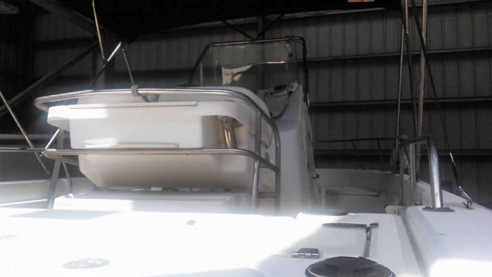 2006 Boston Whaler boat for sale, model of the boat is 220 Dauntless & Image # 28 of 40
