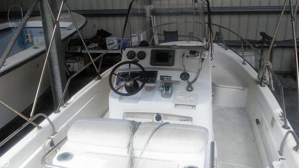 2006 Boston Whaler boat for sale, model of the boat is 220 Dauntless & Image # 38 of 40