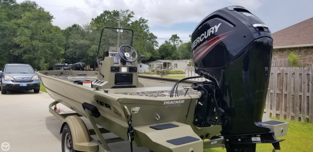 2016 Tracker Boats boat for sale, model of the boat is 1860 CC MVX & Image # 14 of 40