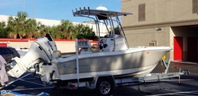 Pioneer 197 Sportfish, 19', for sale - $40,500