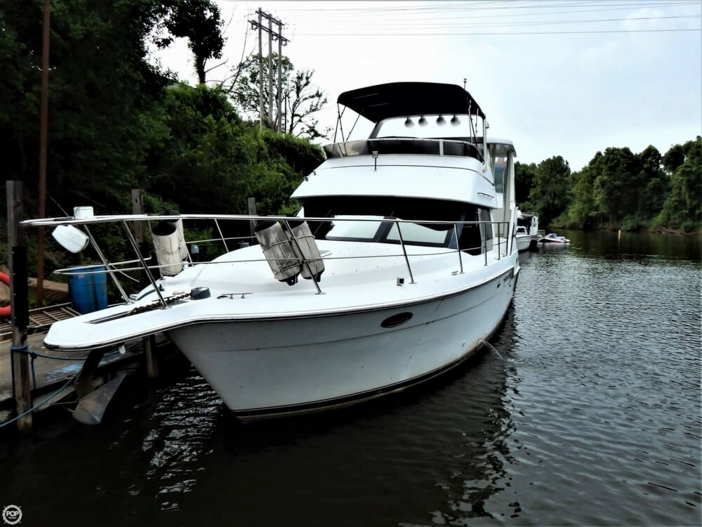 1999 Carver boat for sale, model of the boat is 356 Aft cabin & Image # 11 of 40
