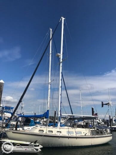 Gulfstar 37 CRUISING SAILBOAT CENTER CONSOLE, 37', for sale - $67,800