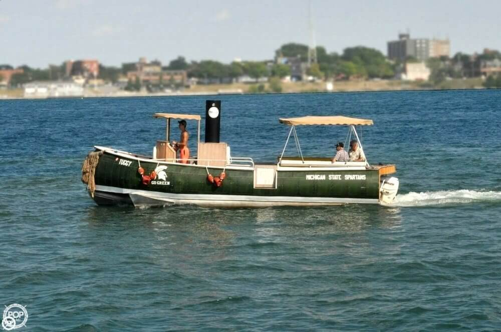 1992 Smoker Craft boat for sale, model of the boat is 28 & Image # 3 of 18
