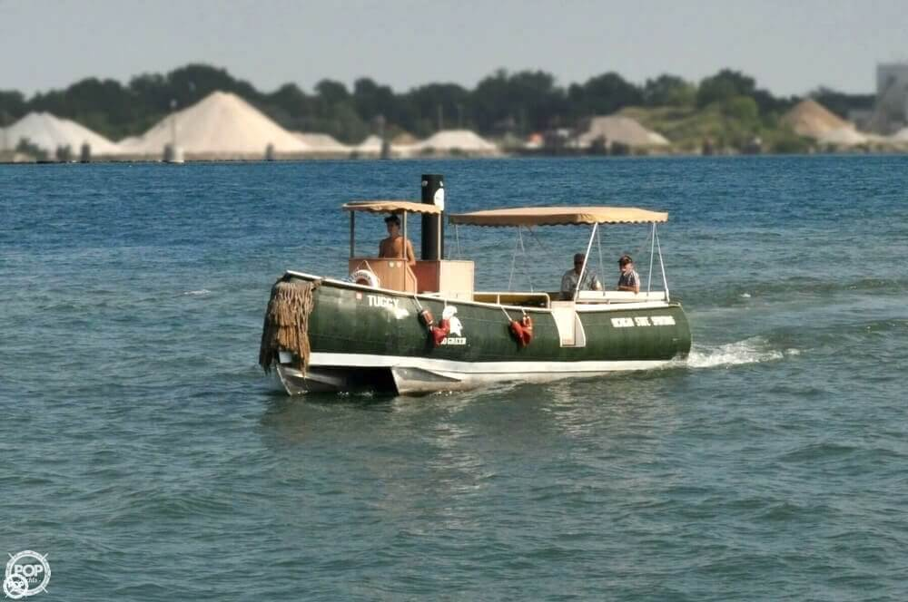 1992 Smoker Craft boat for sale, model of the boat is 28 & Image # 4 of 18