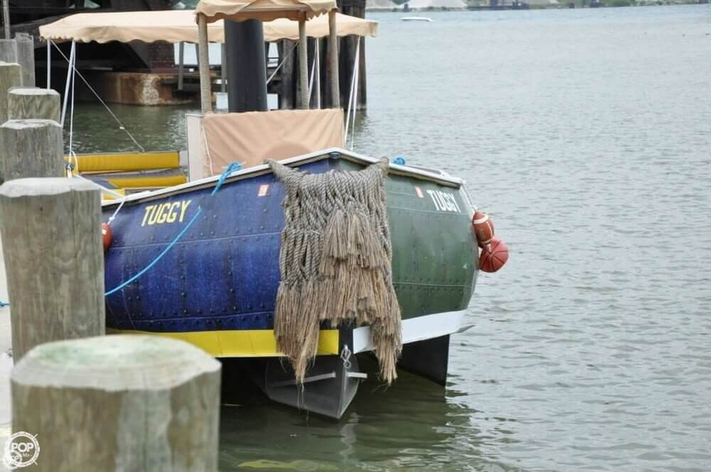 1992 Smoker Craft boat for sale, model of the boat is 28 & Image # 5 of 18