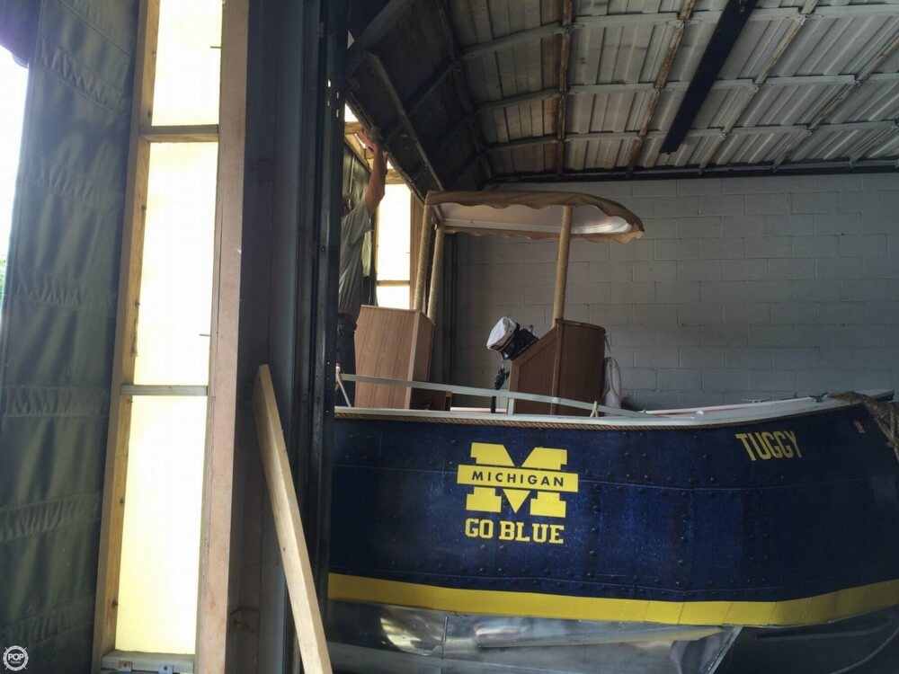 1992 Smoker Craft boat for sale, model of the boat is 28 & Image # 13 of 18