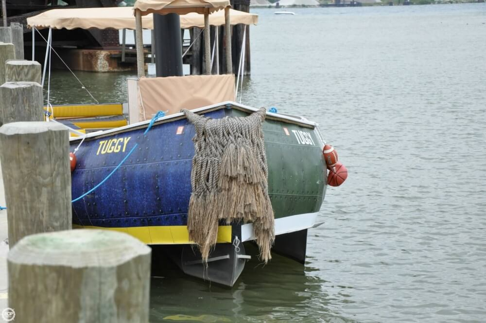 1992 Smoker Craft boat for sale, model of the boat is 28 & Image # 14 of 18