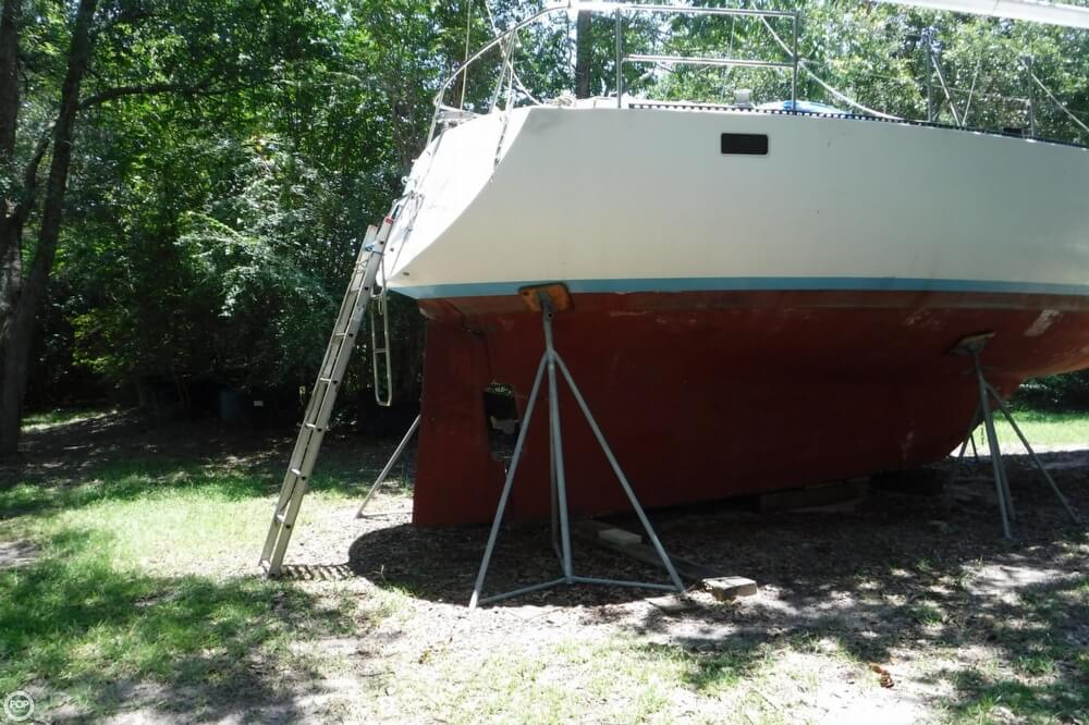 1997 Creekmore boat for sale, model of the boat is 34 & Image # 32 of 40