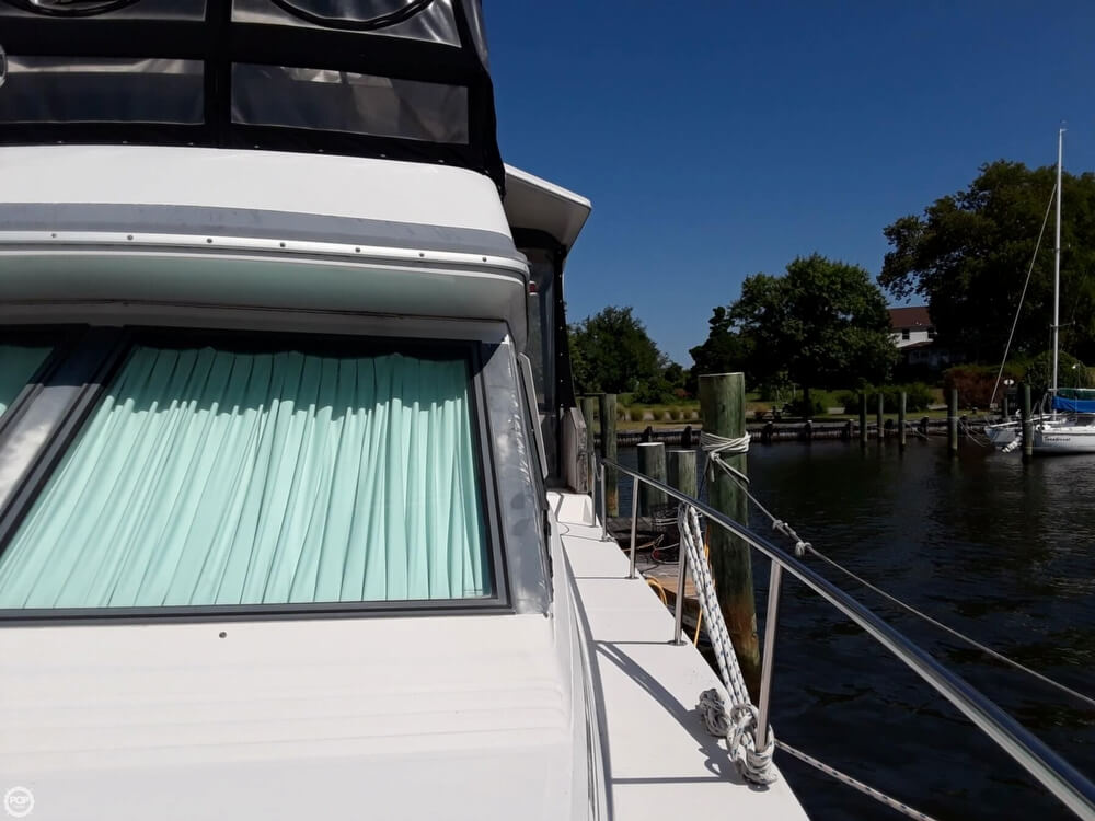 1988 Sea Ray boat for sale, model of the boat is 415 Aft Cabin & Image # 27 of 40