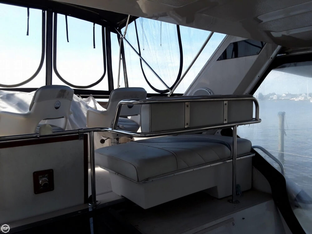 1988 Sea Ray boat for sale, model of the boat is 415 Aft Cabin & Image # 37 of 40