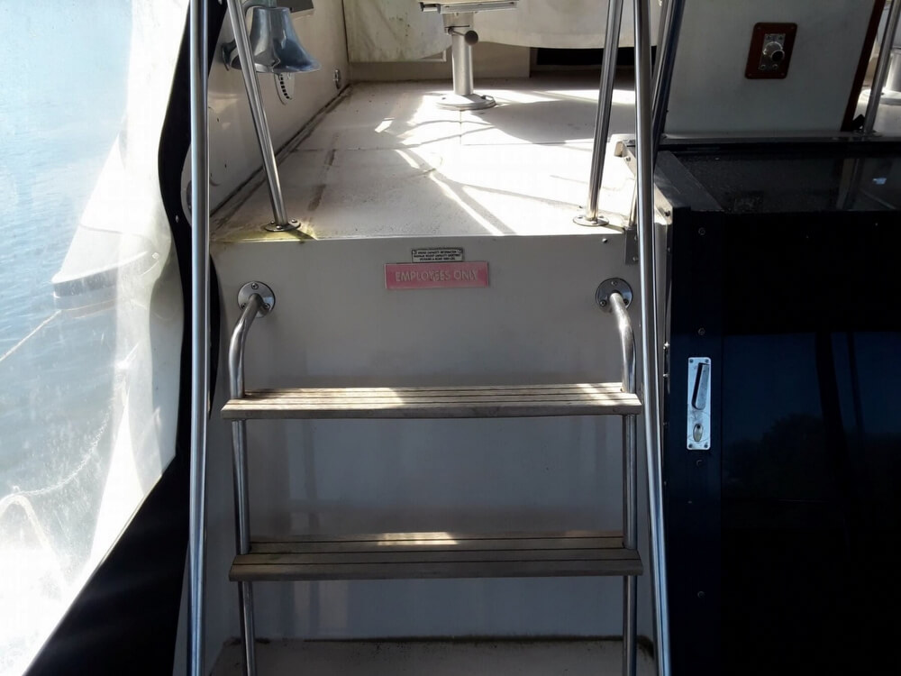1988 Sea Ray boat for sale, model of the boat is 415 Aft Cabin & Image # 40 of 40