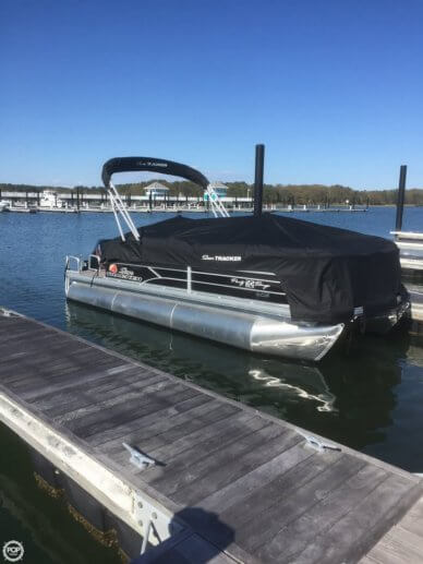 Sun Tracker 22 DLX XP3 Party Barge, 22', for sale