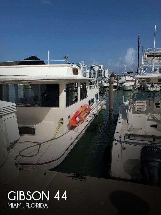 Used GIBSON Houseboats For Sale by owner | 1988 Gibson 44