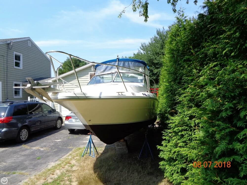 1992 Sea Ray boat for sale, model of the boat is Laguna 24 & Image # 5 of 41