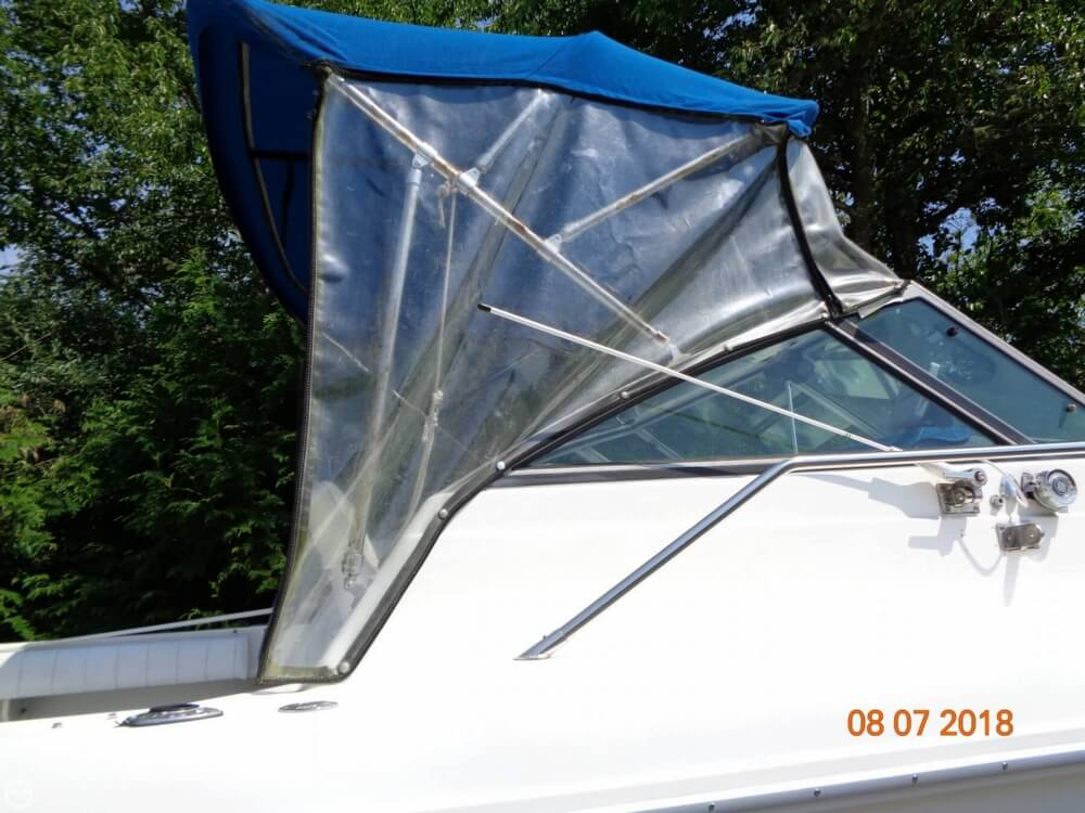 1992 Sea Ray boat for sale, model of the boat is Laguna 24 & Image # 20 of 41