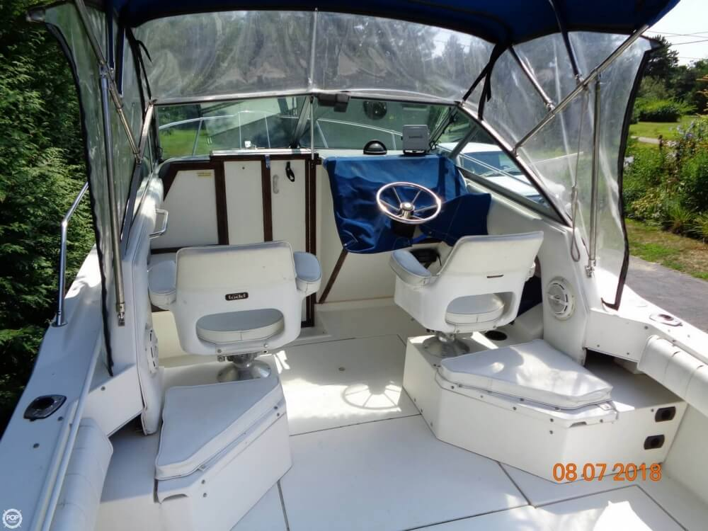 1992 Sea Ray boat for sale, model of the boat is Laguna 24 & Image # 21 of 41
