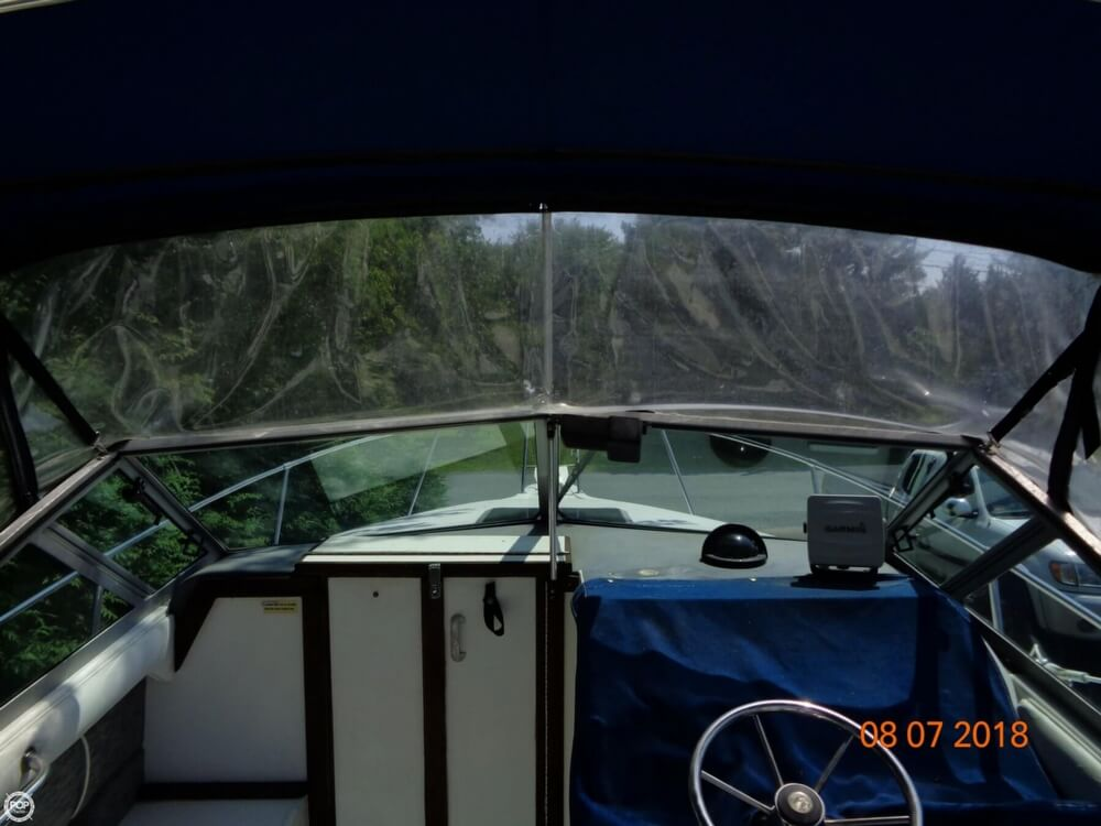 1992 Sea Ray boat for sale, model of the boat is Laguna 24 & Image # 35 of 41