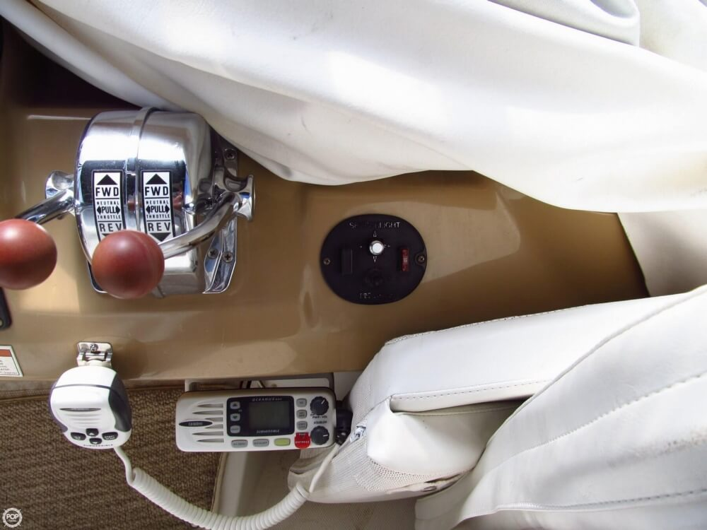 2002 Carver 396 - image 19