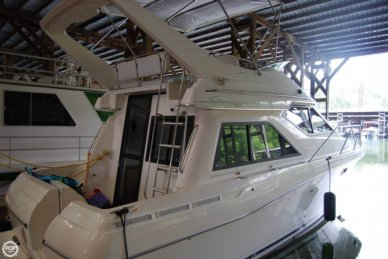Bayliner 3258 Ciera Command bridge, 33', for sale
