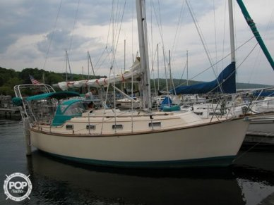 Island Packet 31, 31', for sale - $66,600
