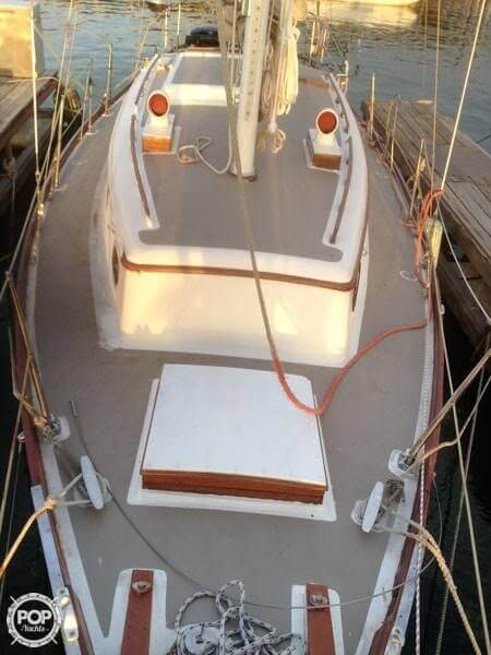 1977 Fuji boat for sale, model of the boat is Ketch 32 & Image # 6 of 28