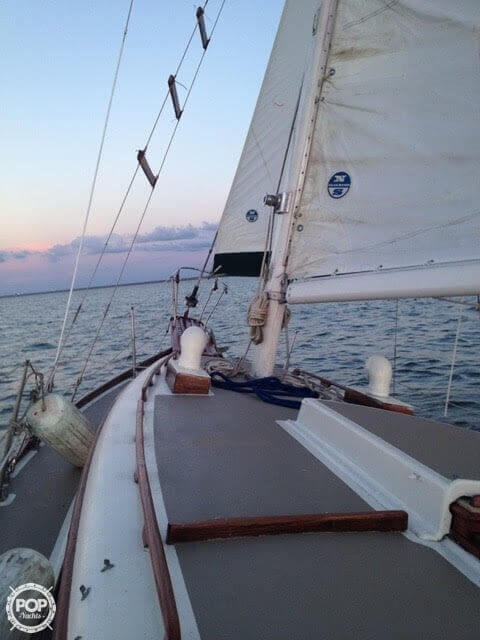 1977 Fuji boat for sale, model of the boat is Ketch 32 & Image # 24 of 28