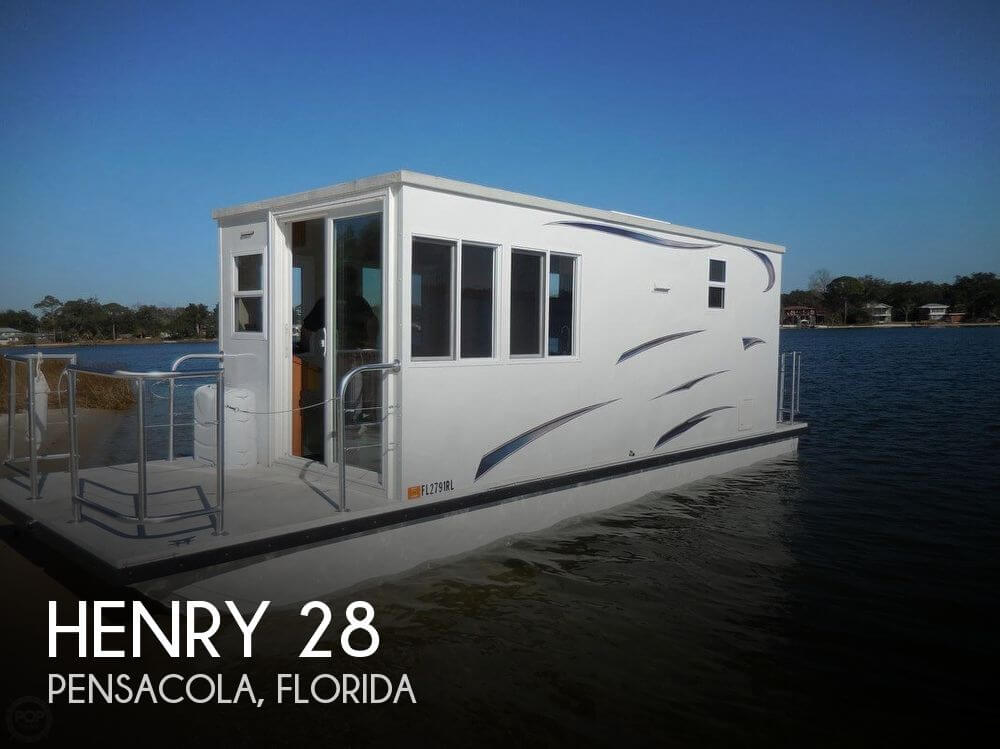 Used Henry Houseboats For Sale in Pensacola, Florida by owner | 2017 Henry 28