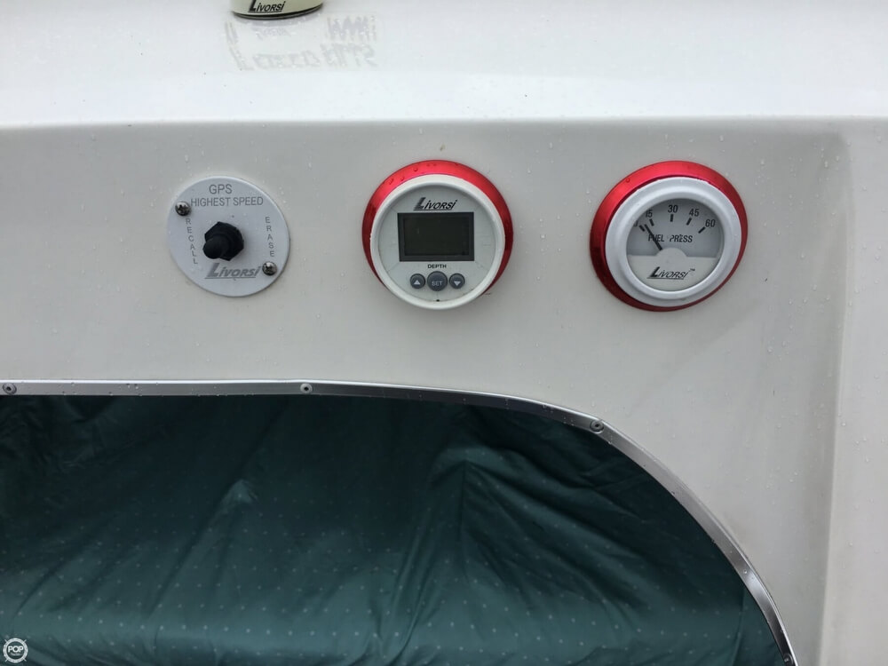 2003 Warlock boat for sale, model of the boat is Hawaiian & Image # 10 of 40