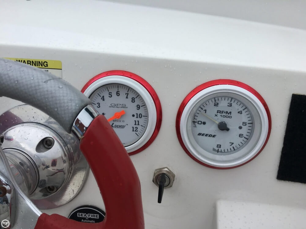2003 Warlock boat for sale, model of the boat is Hawaiian & Image # 12 of 40