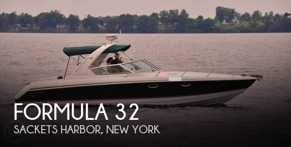 Used Boats For Sale in Utica, New York by owner | 2003 Formula 32