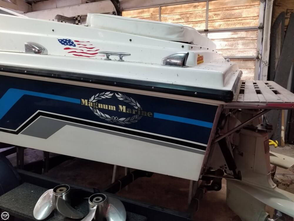1971 Magnum Marine boat for sale, model of the boat is 27 Sports Sedan & Image # 3 of 40