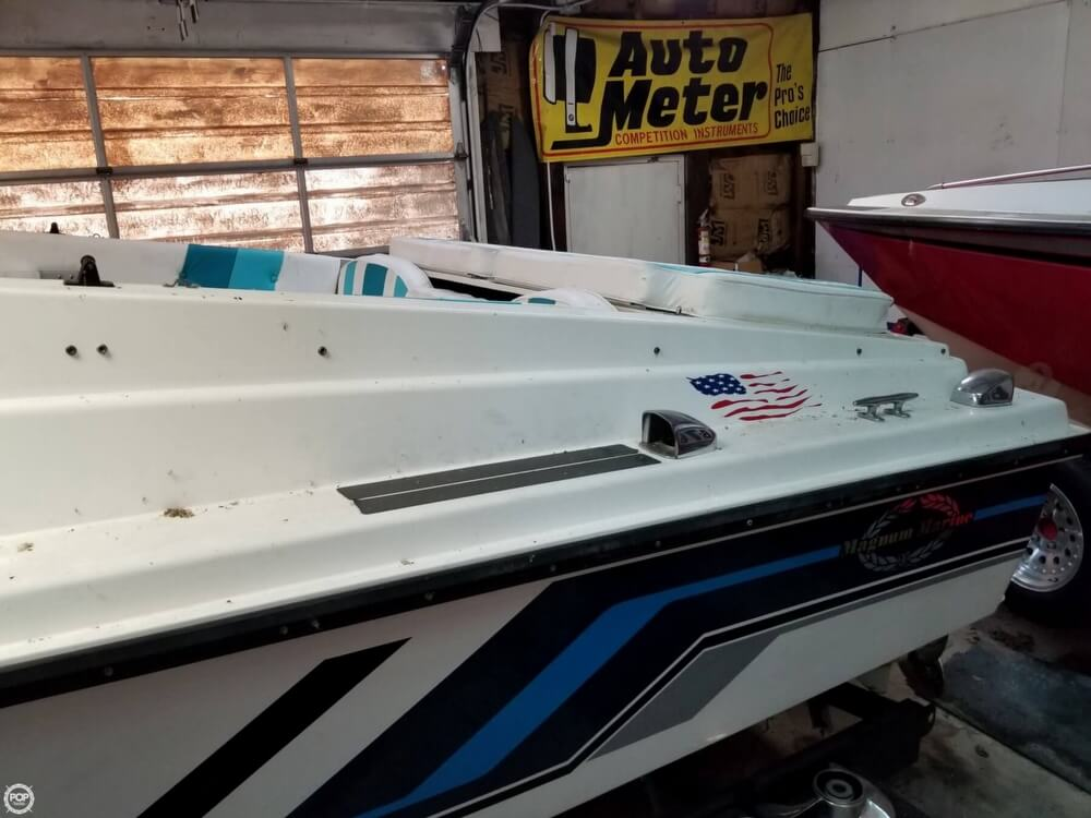 1971 Magnum Marine boat for sale, model of the boat is 27 Sports Sedan & Image # 11 of 40