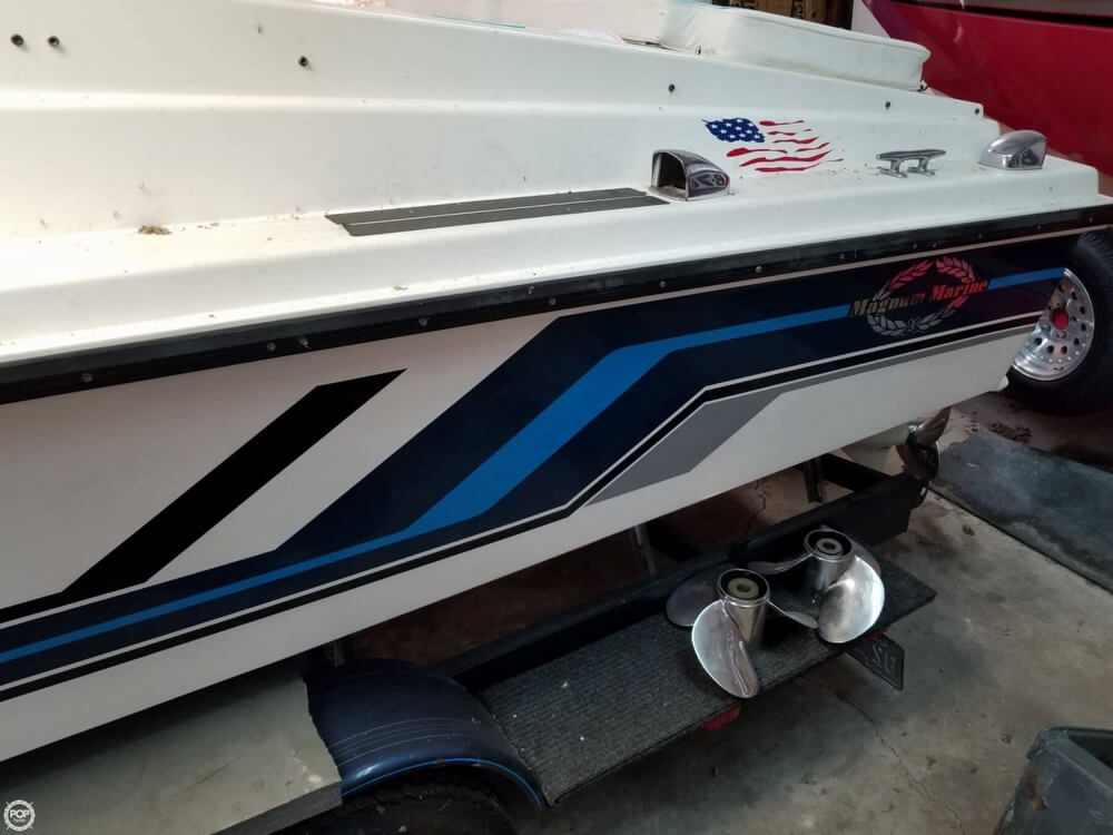 1971 Magnum Marine boat for sale, model of the boat is 27 Sports Sedan & Image # 14 of 40
