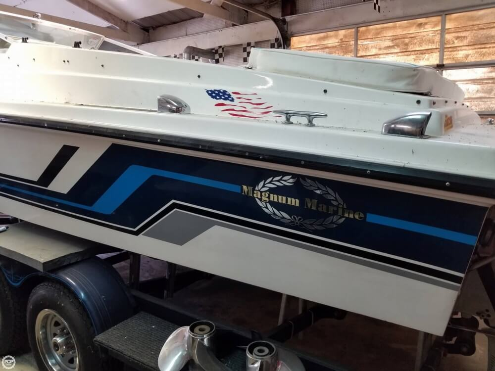 1971 Magnum Marine boat for sale, model of the boat is 27 Sports Sedan & Image # 15 of 40