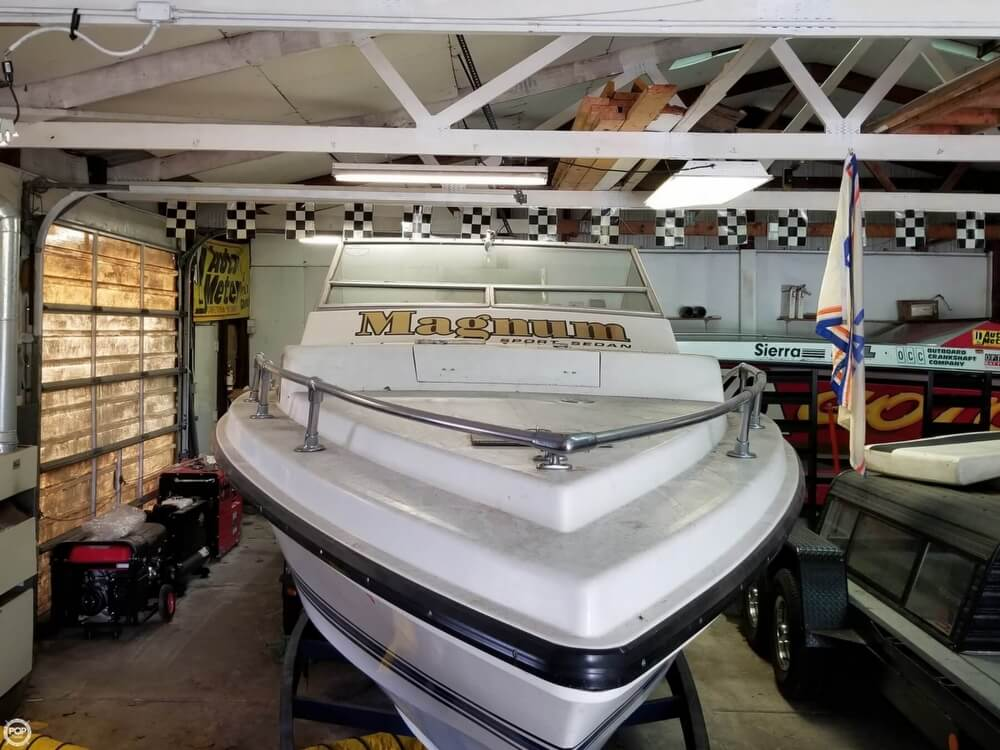 1971 Magnum Marine boat for sale, model of the boat is 27 Sports Sedan & Image # 24 of 40