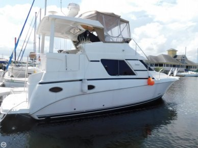Silverton 352 motor yacht, 39', for sale - $63,500