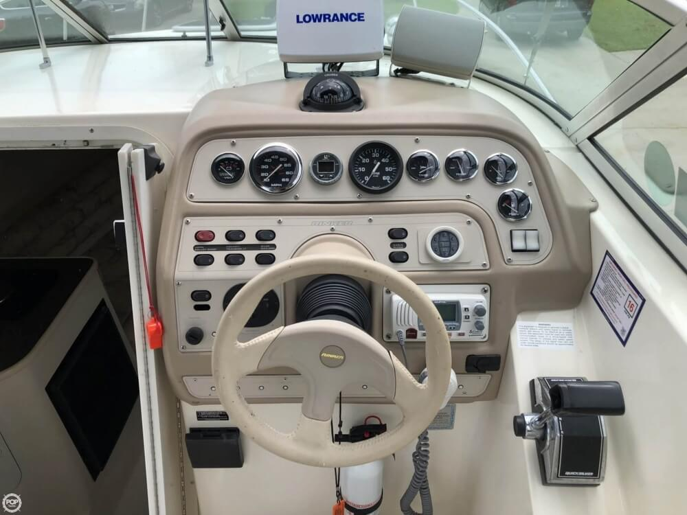 1998 Rinker boat for sale, model of the boat is Fiesta V 266 & Image # 17 of 41