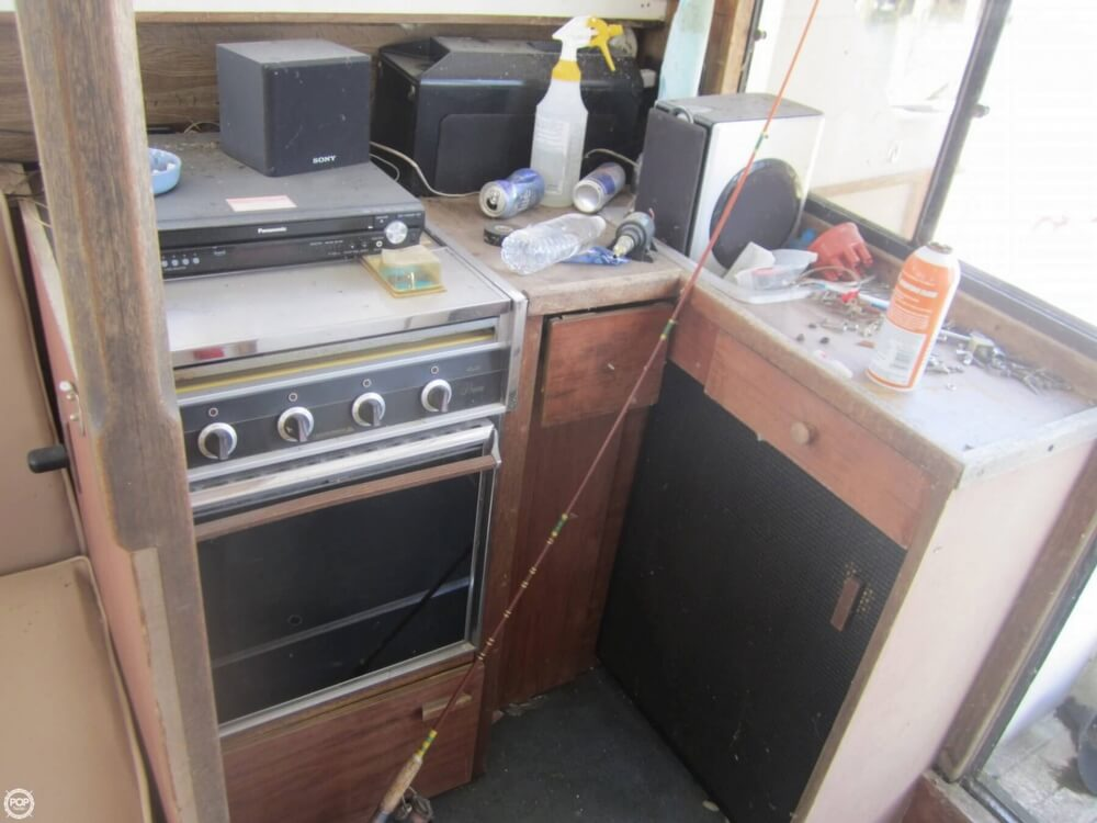 1979 Penn Yan boat for sale, model of the boat is 30 SF & Image # 8 of 40