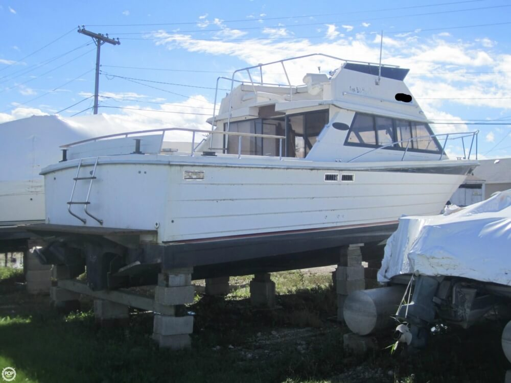 1979 Penn Yan boat for sale, model of the boat is 30 SF & Image # 16 of 40