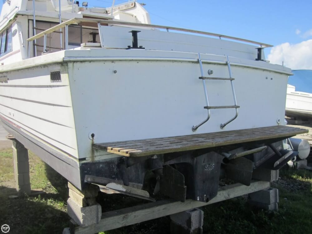 1979 Penn Yan boat for sale, model of the boat is 30 SF & Image # 17 of 40