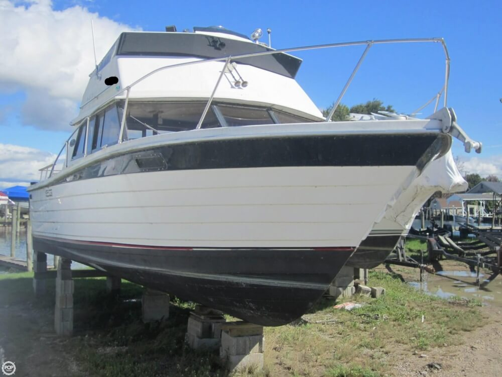 1979 Penn Yan boat for sale, model of the boat is 30 SF & Image # 19 of 40
