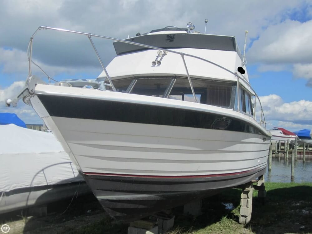 1979 Penn Yan boat for sale, model of the boat is 30 SF & Image # 20 of 40