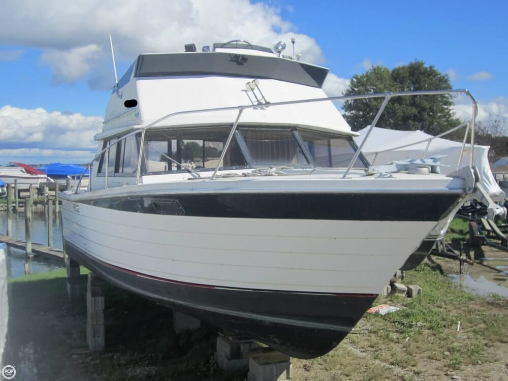 1979 Penn Yan boat for sale, model of the boat is 30 SF & Image # 22 of 40