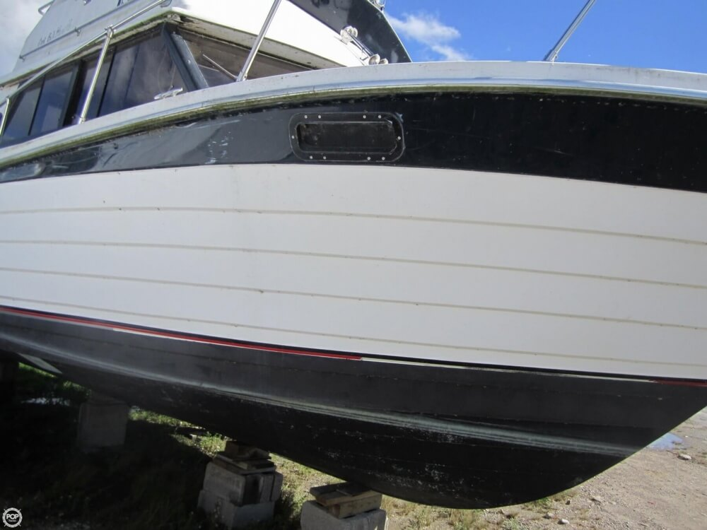 1979 Penn Yan boat for sale, model of the boat is 30 SF & Image # 31 of 40