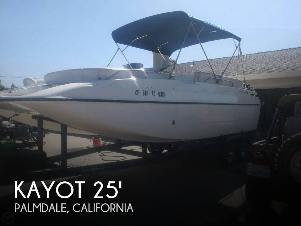 Used Boats For Sale in Bakersfield, California by owner   2002 Kayot 25