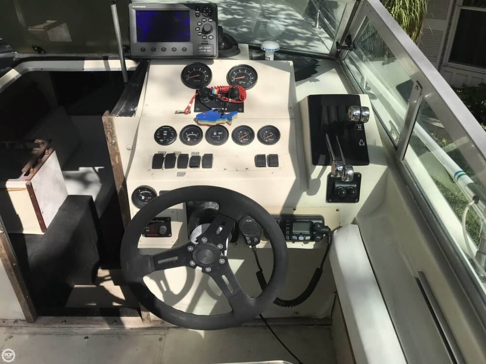 1979 Formula boat for sale, model of the boat is 255 & Image # 8 of 40