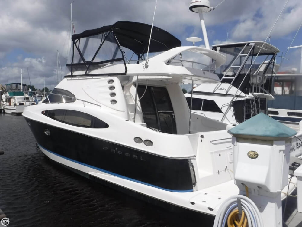 2006 Regal boat for sale, model of the boat is 3880 Sedan Bridge & Image # 9 of 40