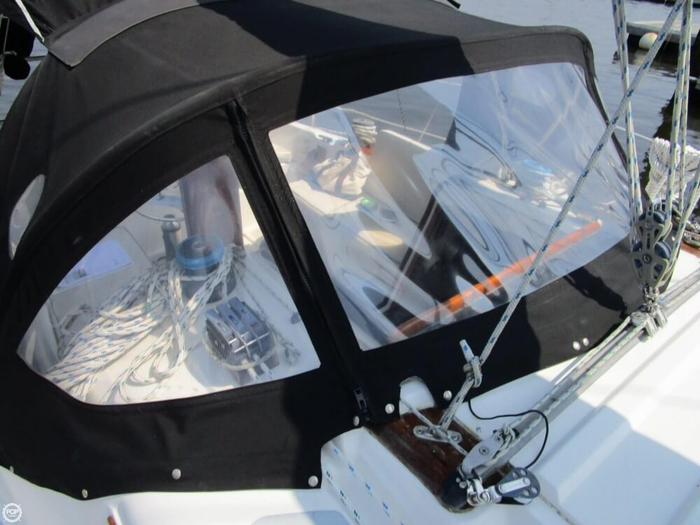 1981 Hunter boat for sale, model of the boat is 30 Cherubini & Image # 40 of 40