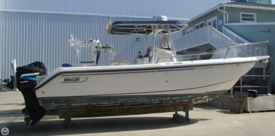 Boston Whaler 26 Outrage, 27', for sale - $44,500