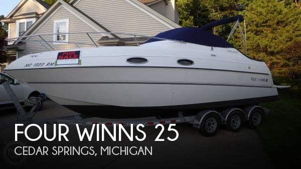 Used FOUR WINNS Boats For Sale in Lansing, Michigan by owner | 1998 Four Winns 25